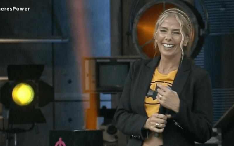 """Adriane Galisteu fala sobre possibilidade de apresentar A Fazenda: """"Não decidiram"""""""